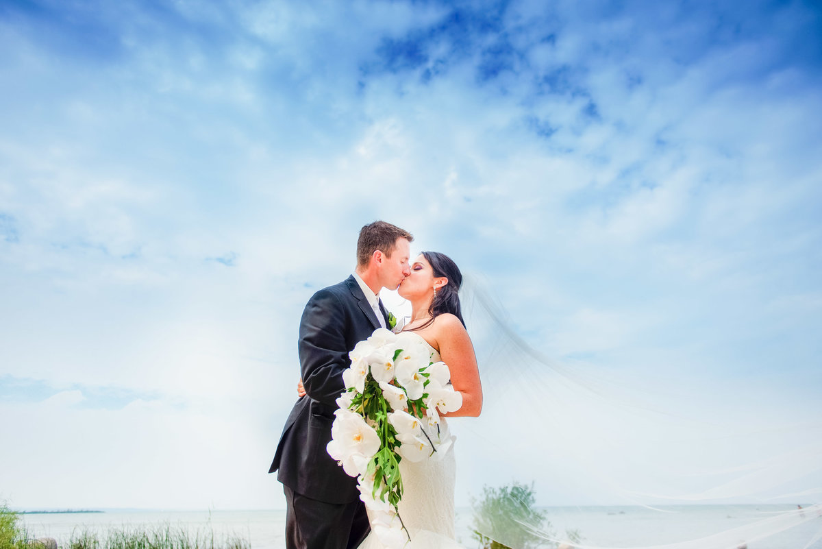 grand traverse resort wedding photographers in traverse city michigan