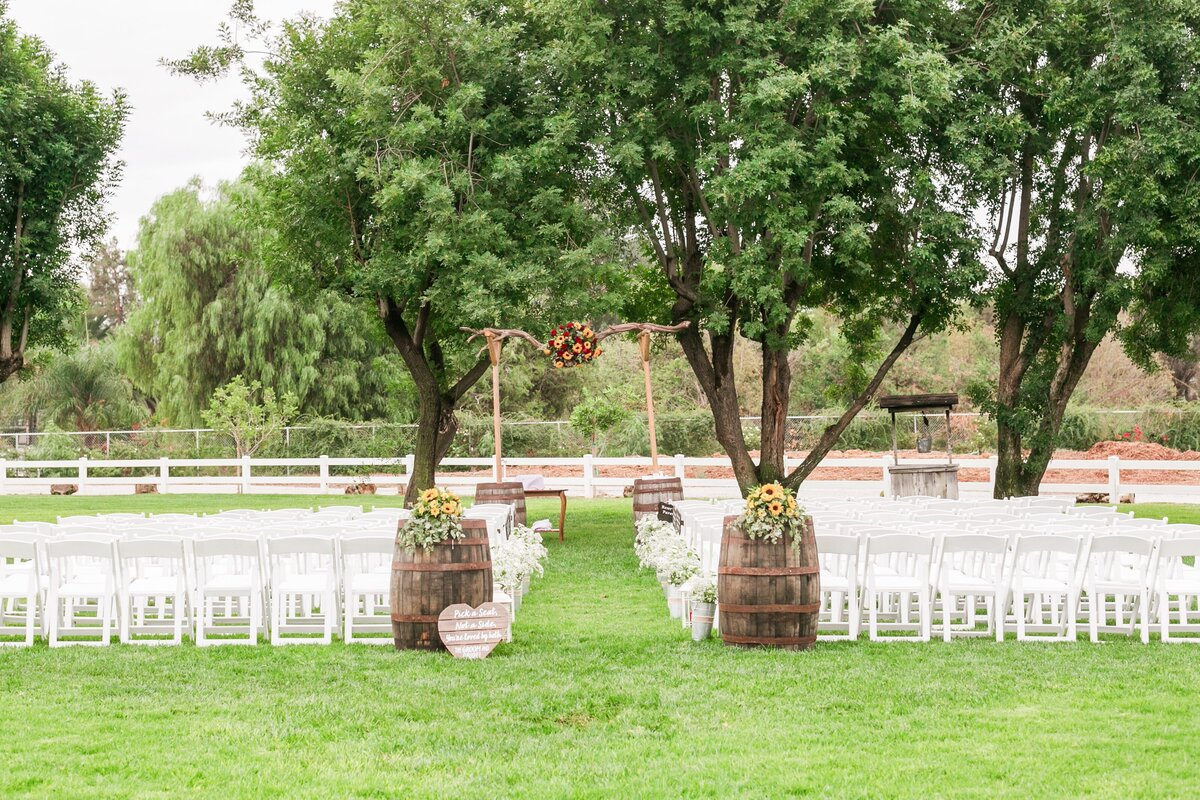 Kelli-Bee-Photography-Gallery-Farm-Southern-CA-Norco-Rustic-Wedding-Luxury-Lifestyle-Photographer-Lauren-Ben-0026