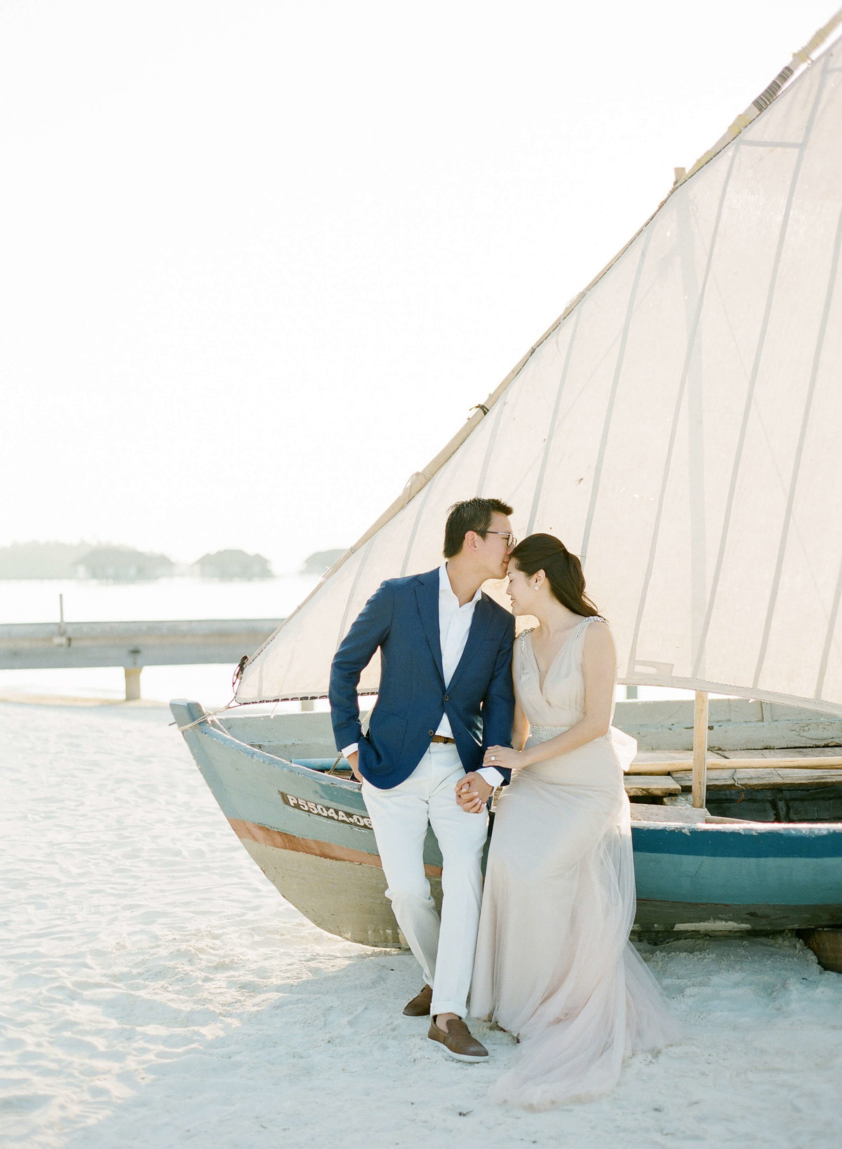 30-KTMerry-destinationwedding-Maldives-boat