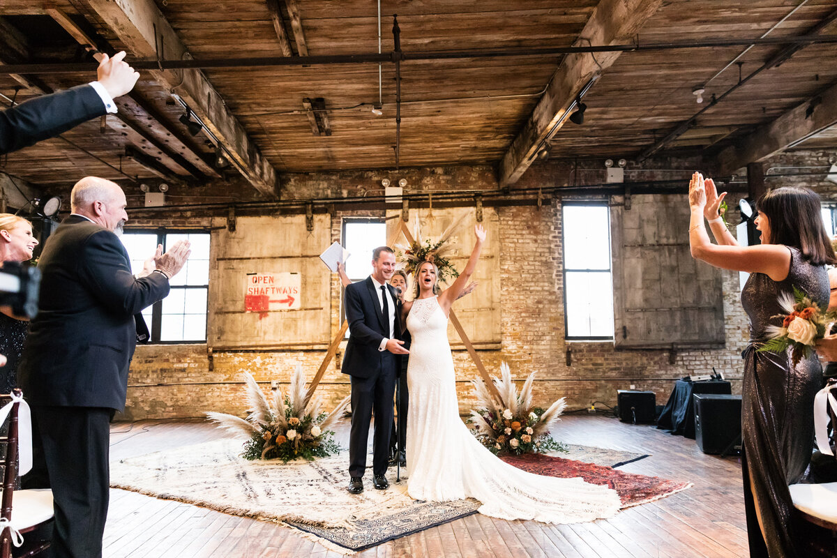 Greenpoint_Loft_0910_Kacie_Corey_Wedding_06951
