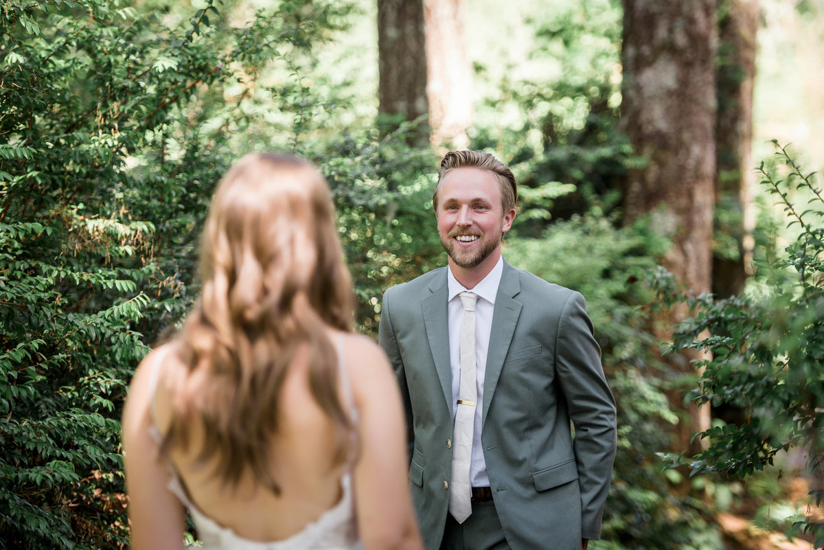 Seattle-Intimate-Backyard-Wedding-Seattle-Wedding-Photographer-9
