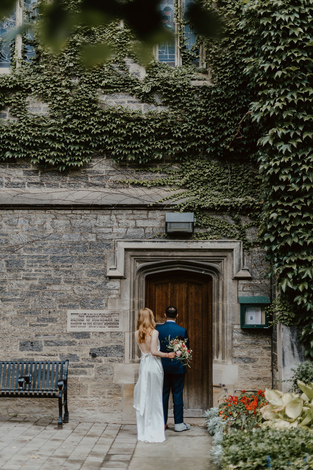 Jessilynn_Wong_Photography_Toronto_Reference_Library_Wedding-19