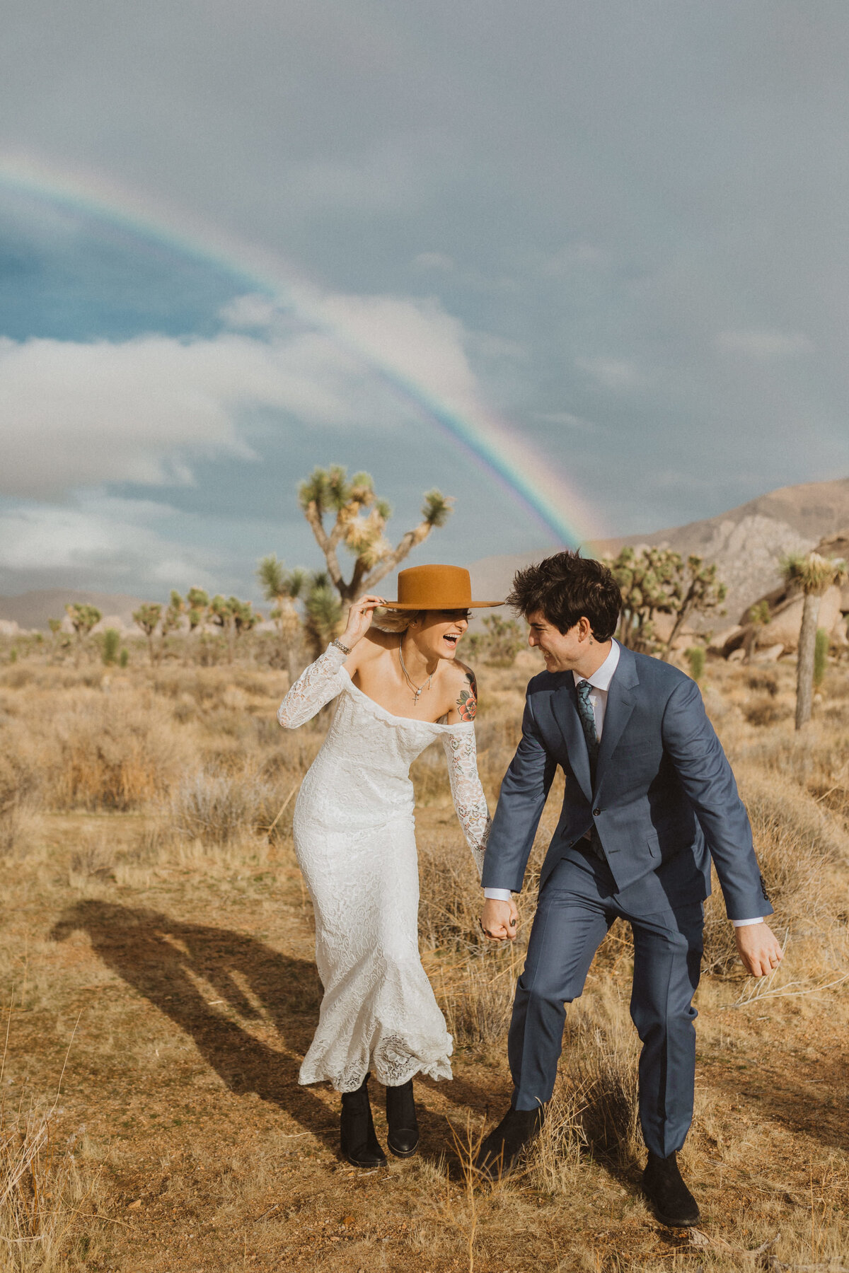 liv_hettinga_photography_joshua_tree_adventure_elopement-39
