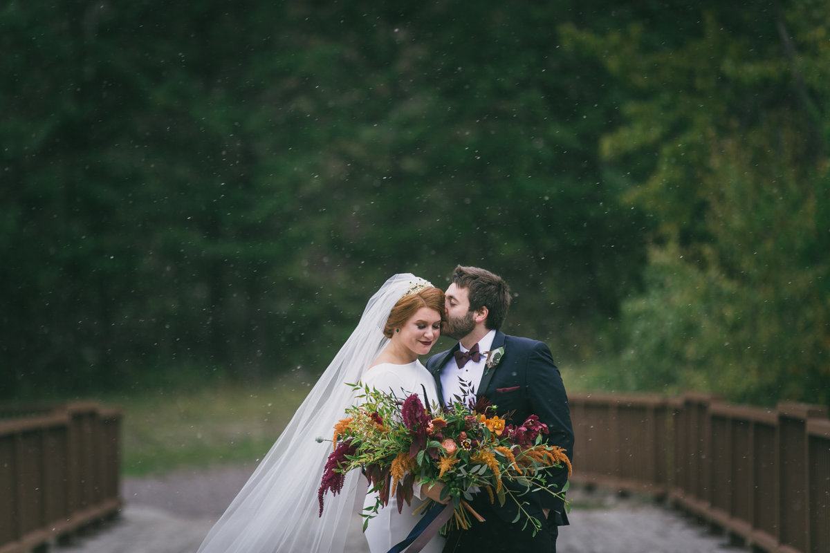 Jennifer_Mooney_Photography_Abbey_Stephen_Fall_Winter_Glacier_Park_Elopement-38