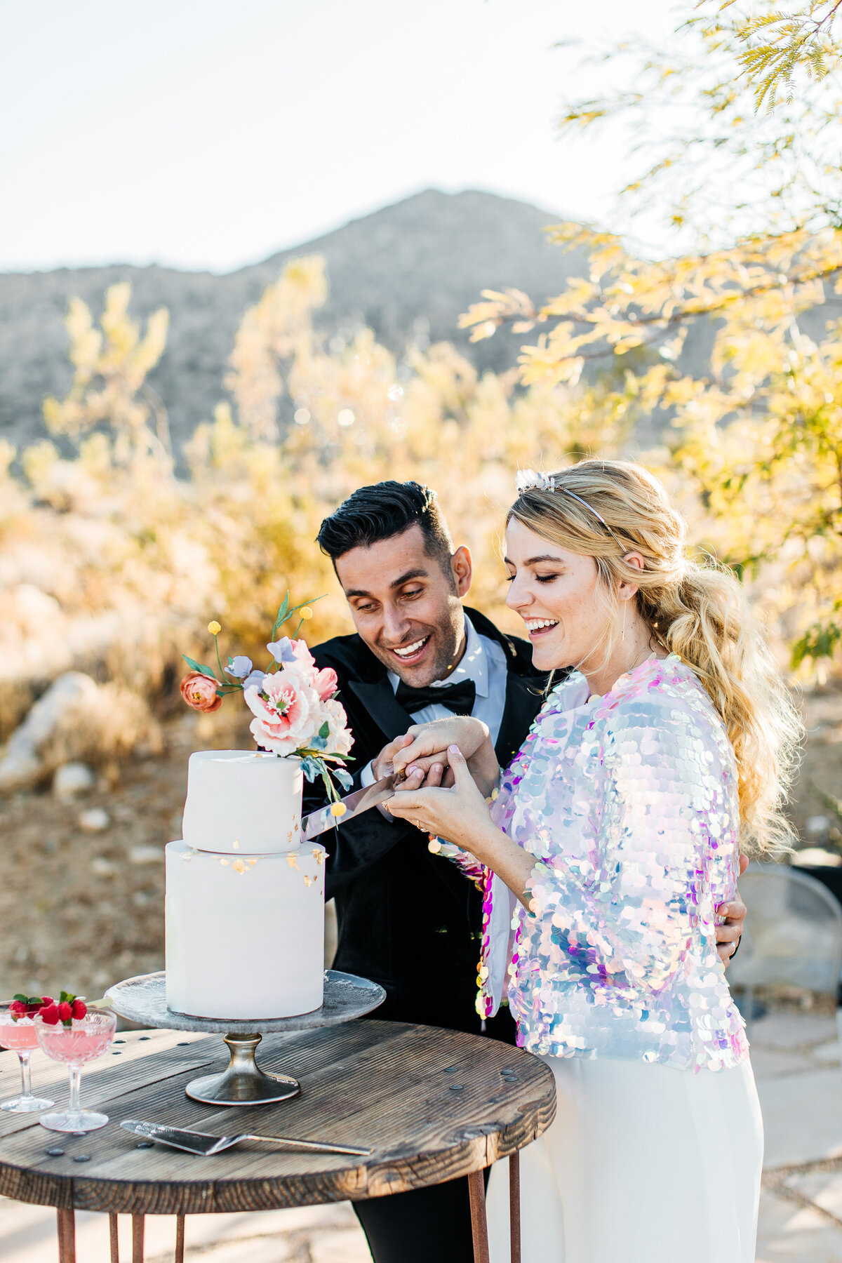 colorful-joshua-tree-elopement-inspiration-joshua-tree-wedding-photographer-palm-springs-wedding-photographer-erin-marton-photography-32