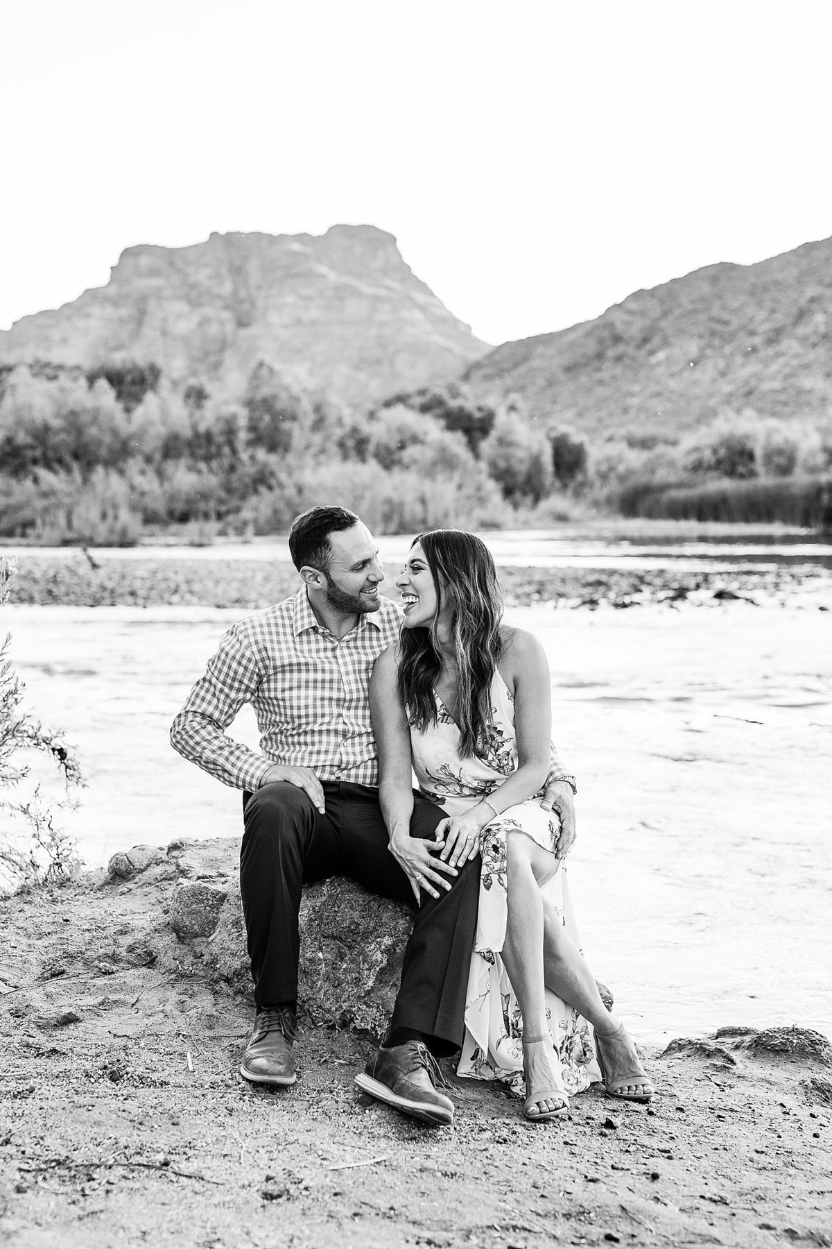 Celina + Colton - Engagement - Salt River Engagement Session-139_Lunabear Studios Portfolio