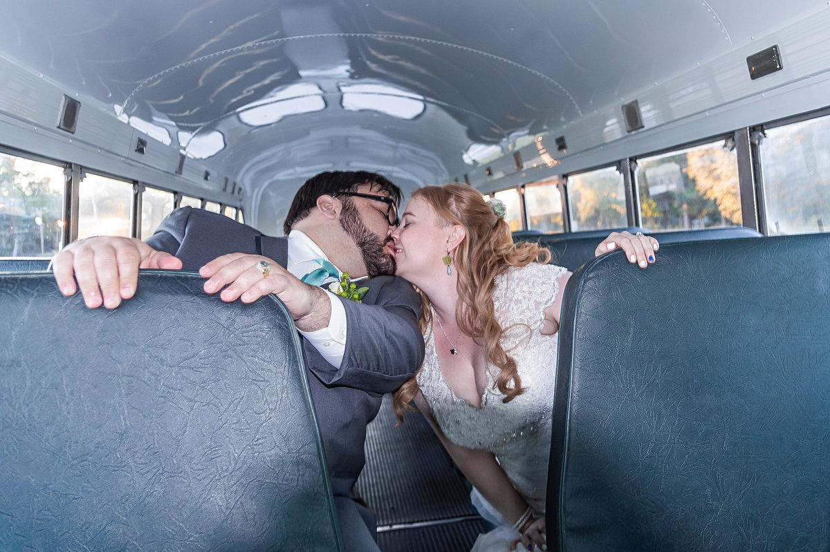 Emerald & Randall Bus Kiss-2