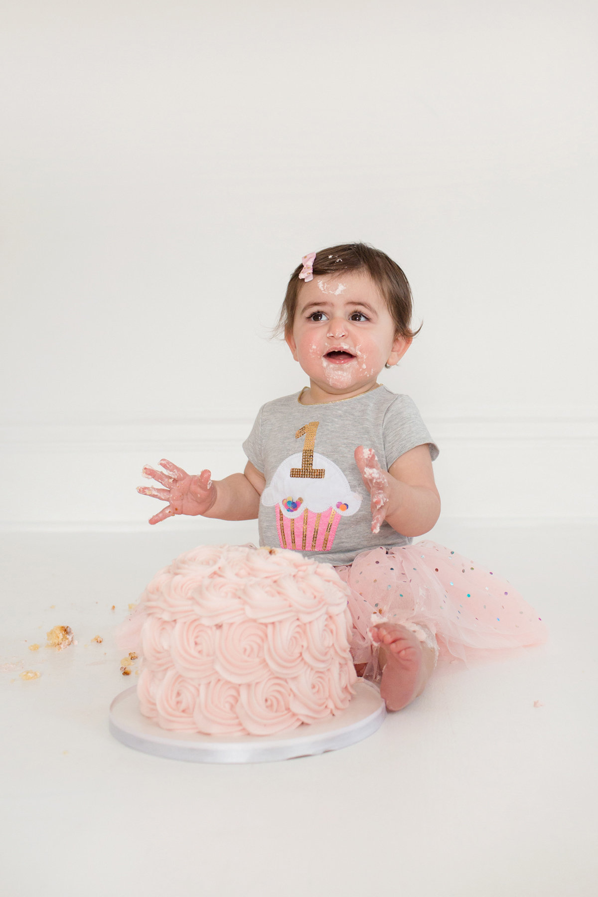 St-Louis-Studio-Child-Photographer-Cake-Smash-1-year-old-Sheth_61