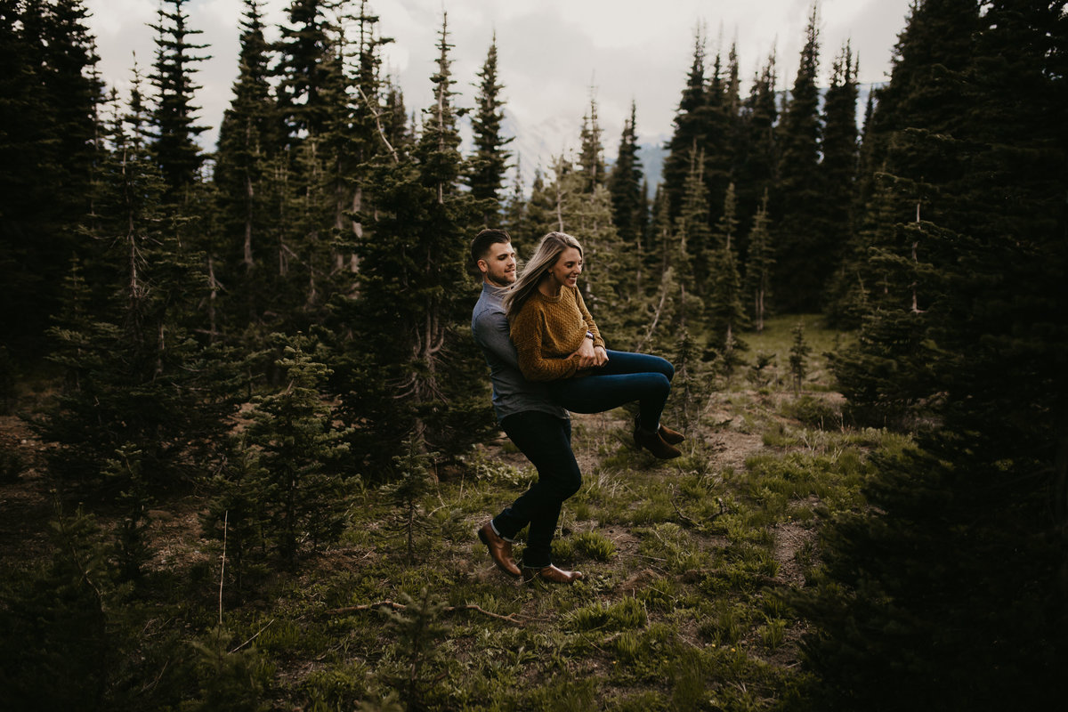 Marnie_Cornell_Photography_Engagement_Mount_Rainier_RK-115