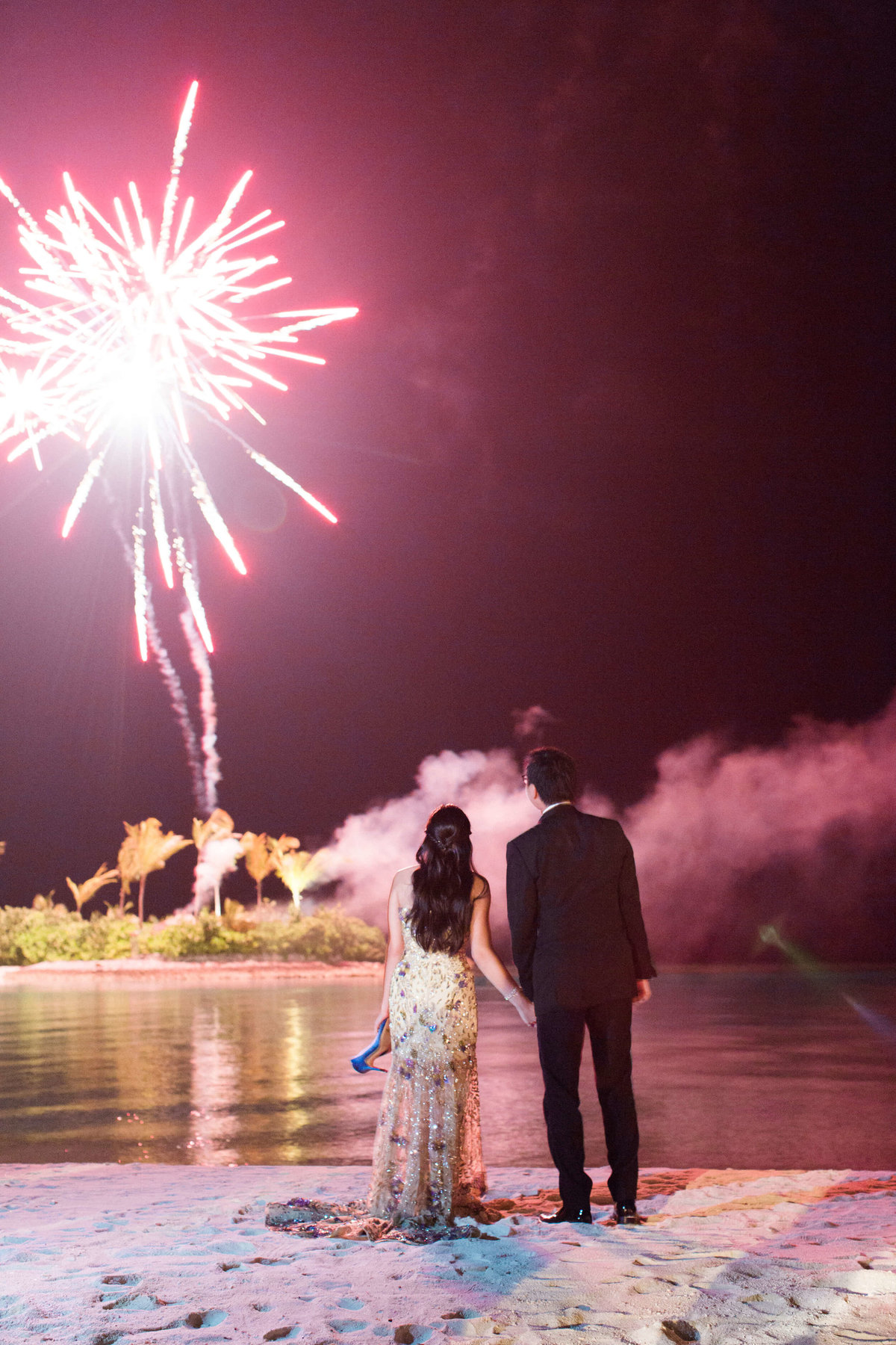 74-KTMerry-destinationwedding-fireworks-Maldives