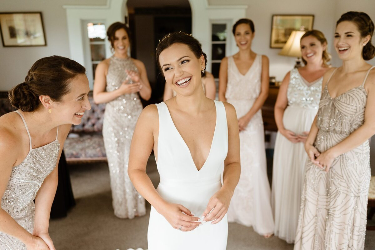 bride and bridesmaids catskills wedding planner carey institute wedding canvas weddings getting ready
