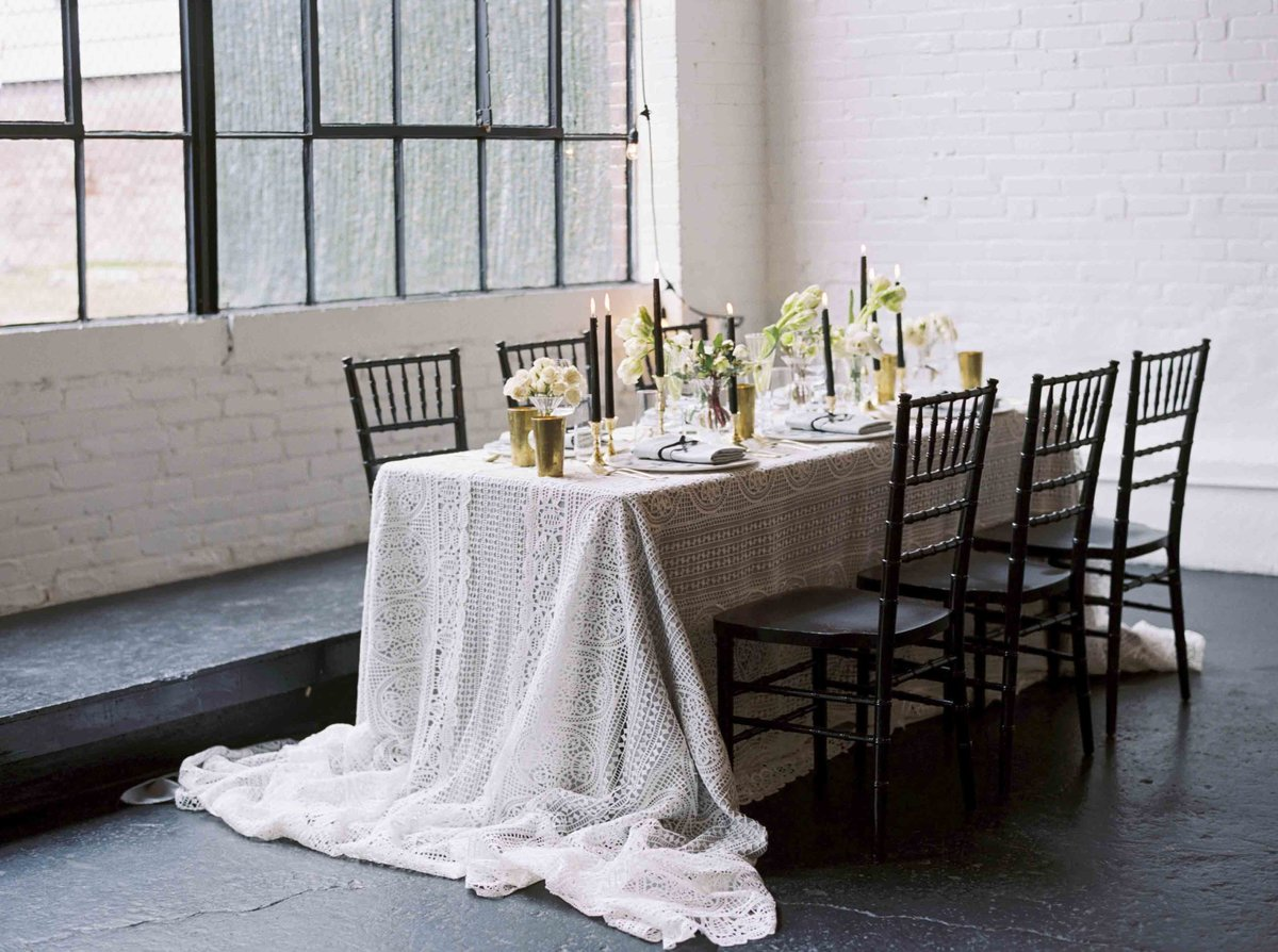 Black and Neutral Wedding Table Design