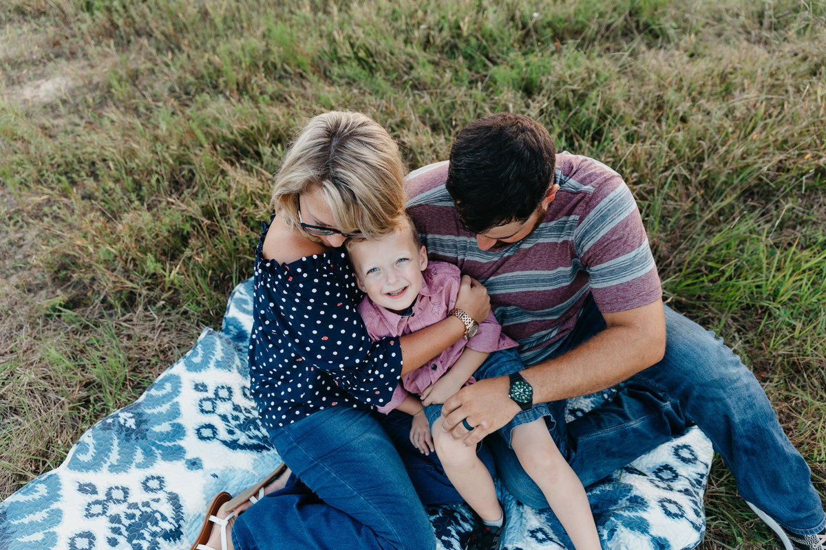 family-photographer-in-raleigh-carrieG-3248