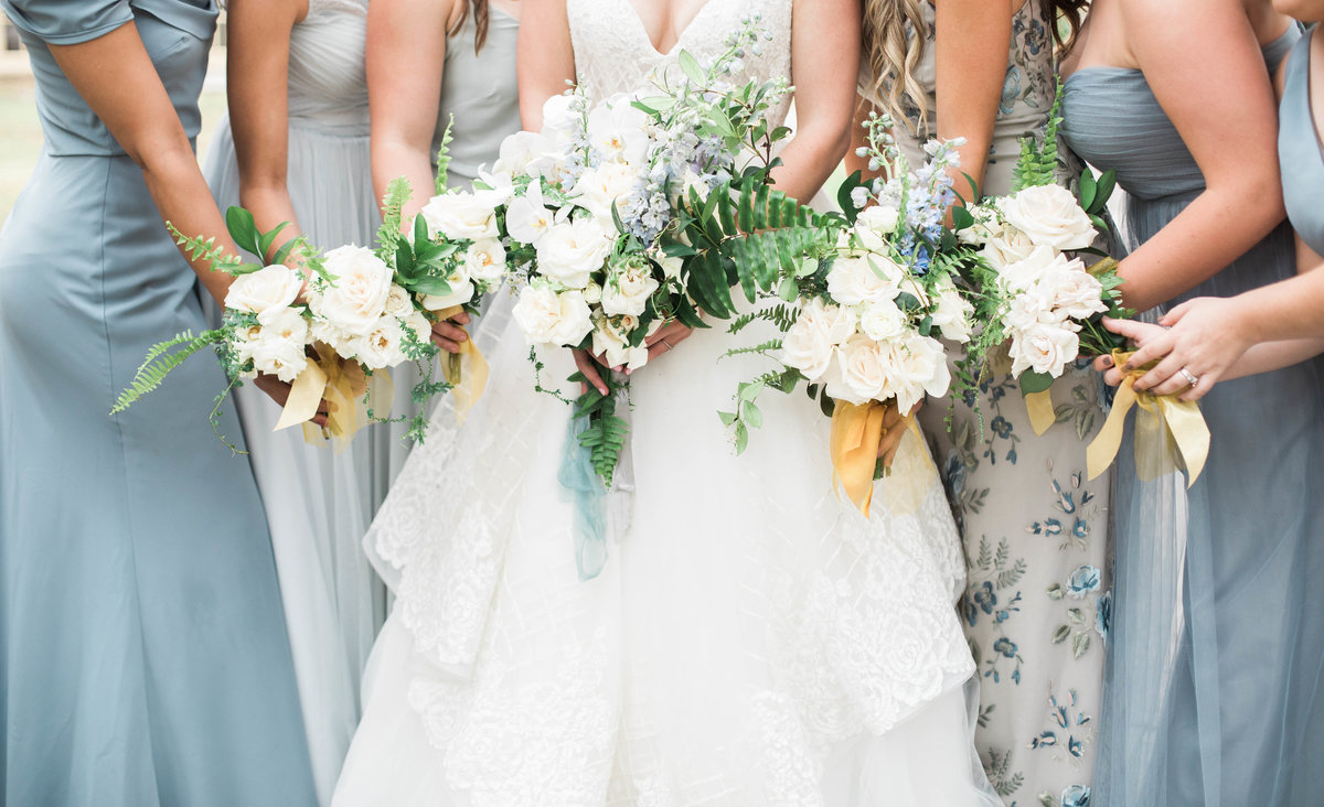 Bridal bouquets at Ribault Club by Jacksonville Wedding Photographer