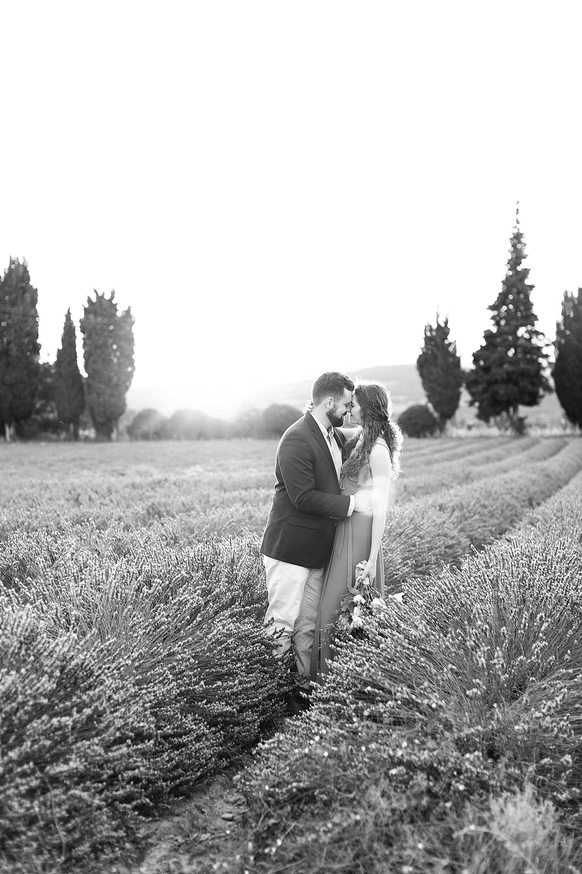 provence-france-lavender-anniversary-session-alicia-yarrish-photography-19