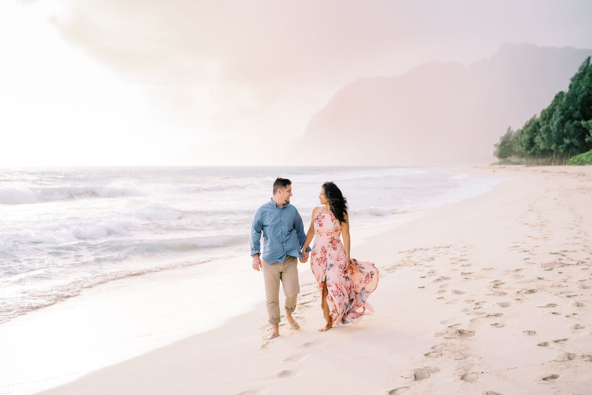oahu-engagement-photographers-waimanalo-beach-12