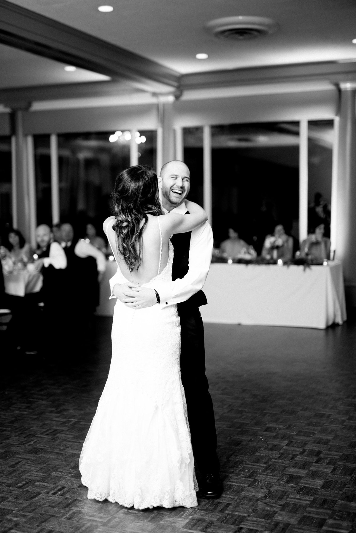 Shuster-Wedding-Grosse-Pointe-War-Memorial-Breanne-Rochelle-Photography160