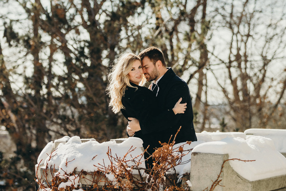 casa-loma-engagement-shoot-in-the-winter