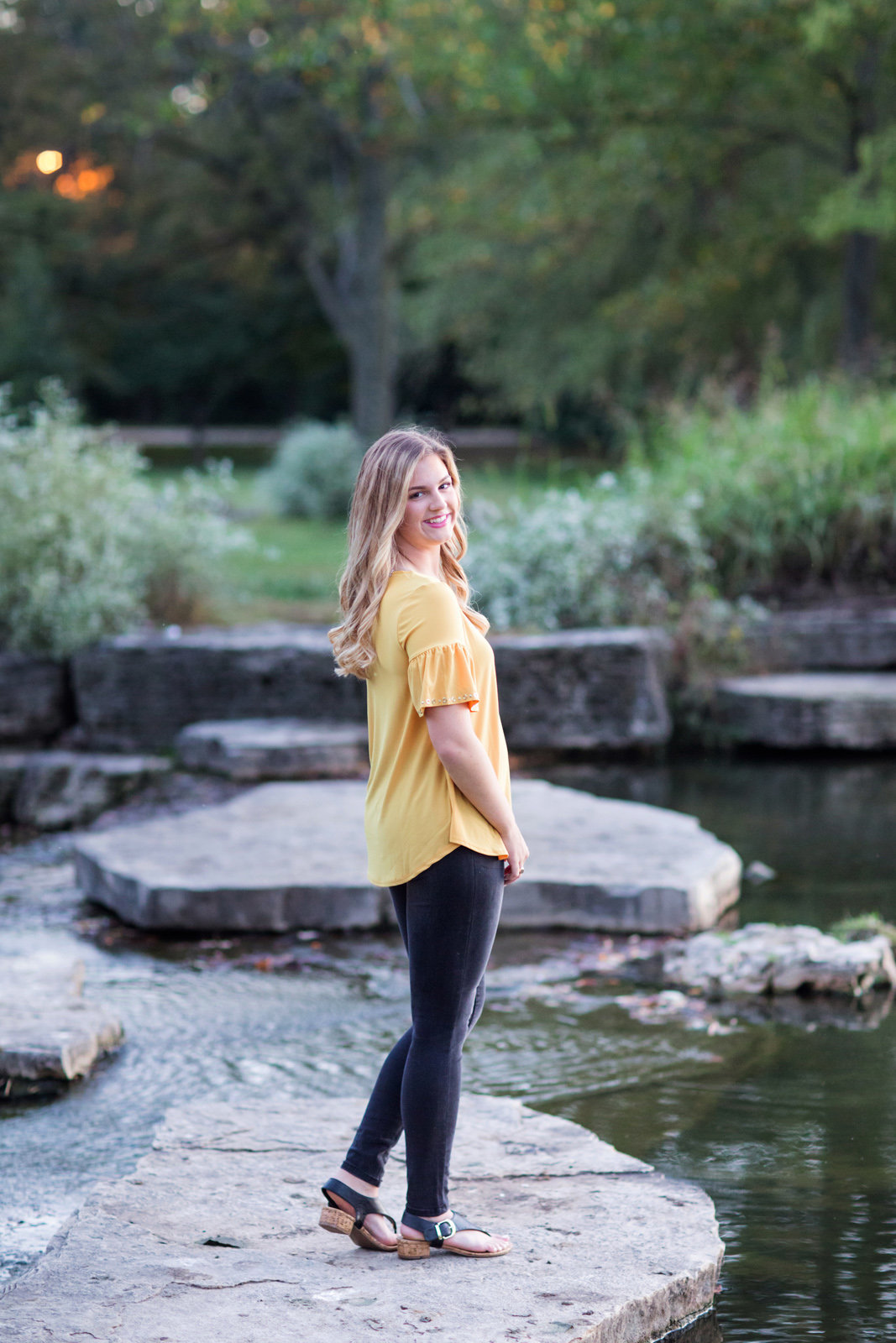 L Photographie high school senior photos Forest Park 65