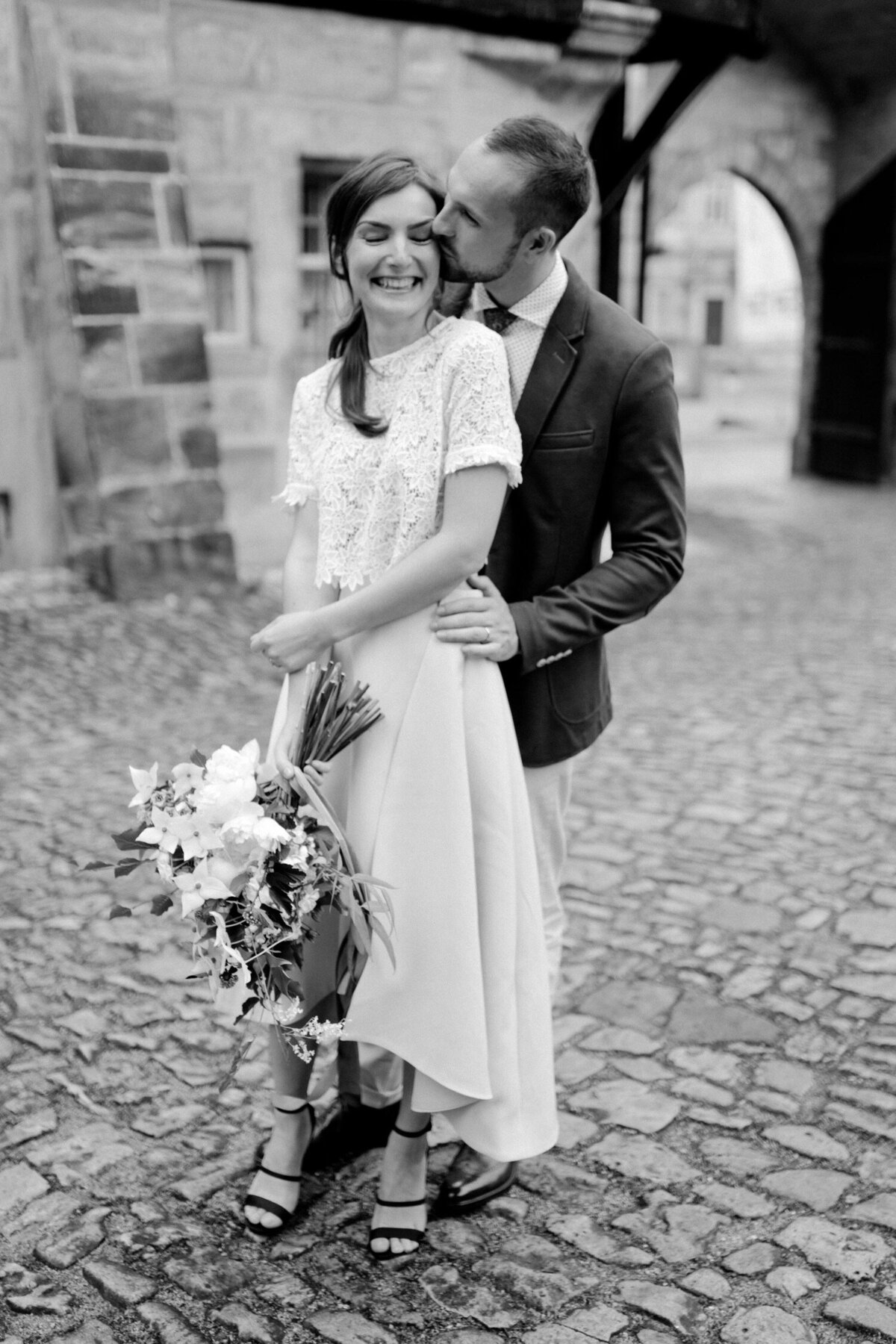 72_Italy_Luxury_Wedding_Photographer (58 von 72)_Flora and Grace is a luxury wedding photographer for elegant fine art weddings in Italy and Europe. Discover their fashion inspired photography.