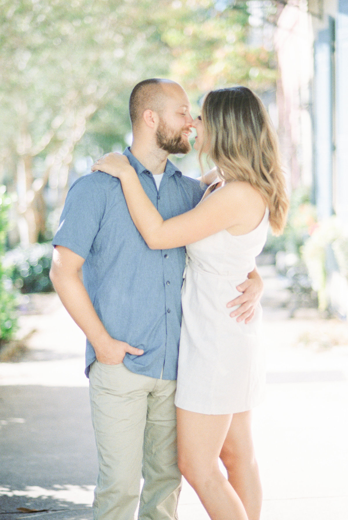 Rainbow-Row-Downtown-Charleston-Engagement-27