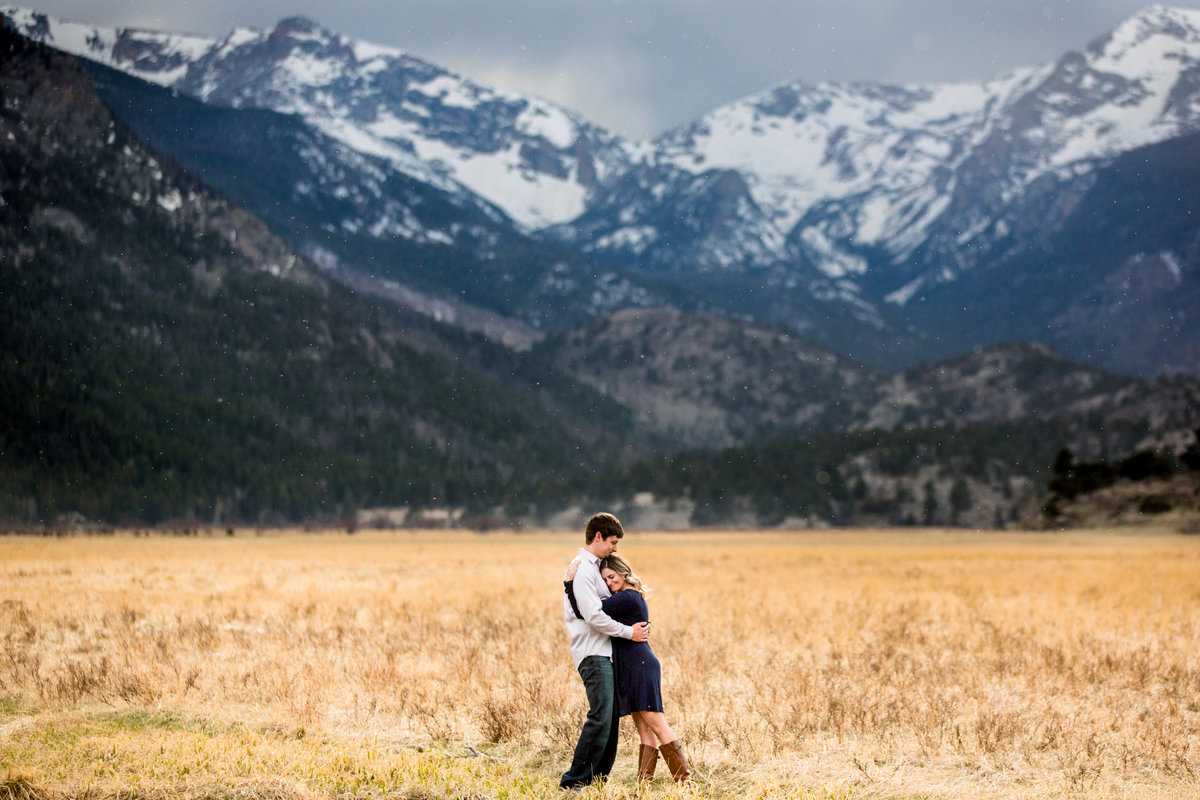 estes-park-engagement-pictures