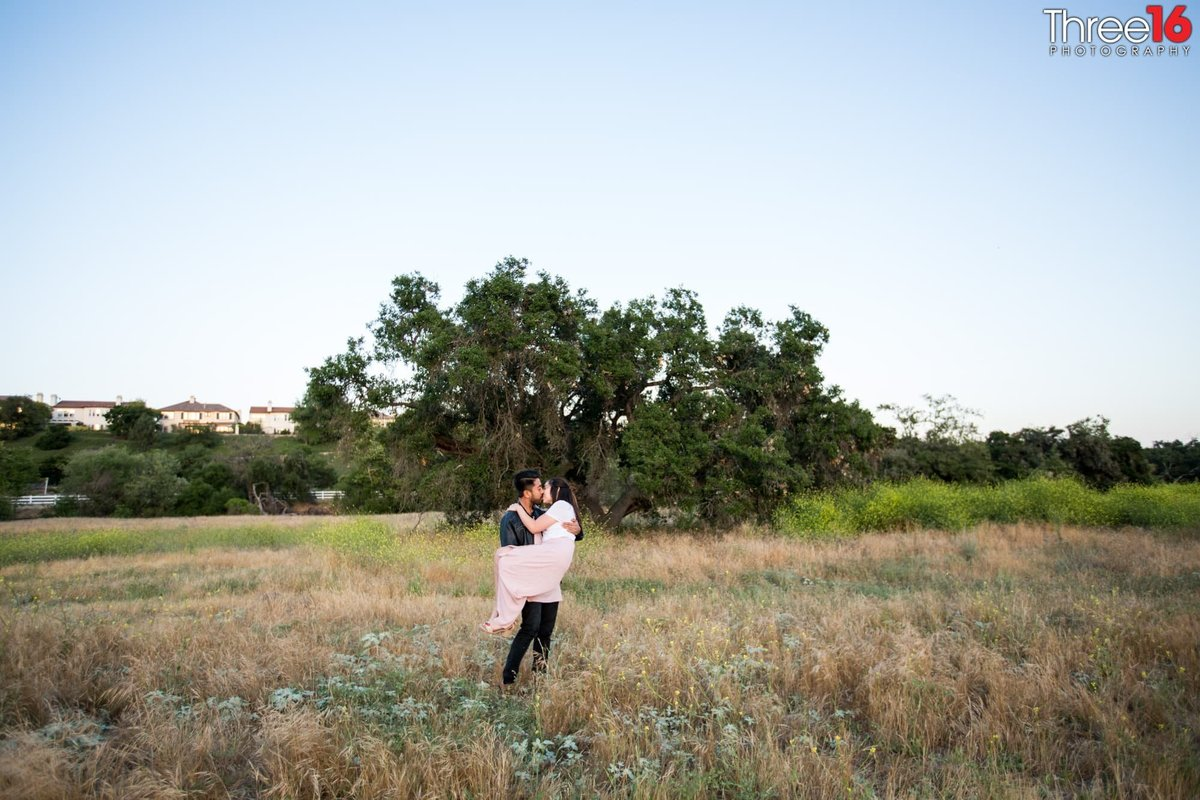 Thomas F. Riley WIlderness Park Engagement Trabuco Canyon Orange County Wedding