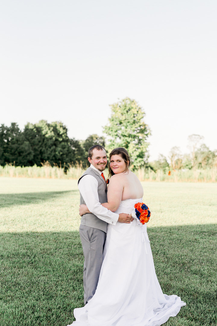 Rustic barn wedding0015