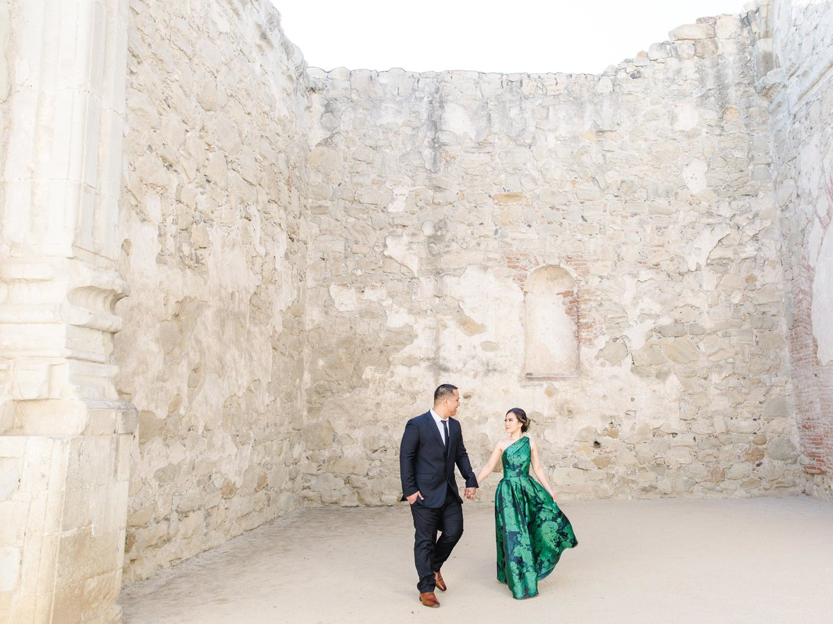 Babsie-Ly-Photography-San-Juan-Capistrano-Missions-Engagement-Session-Asian-Photographer-015A