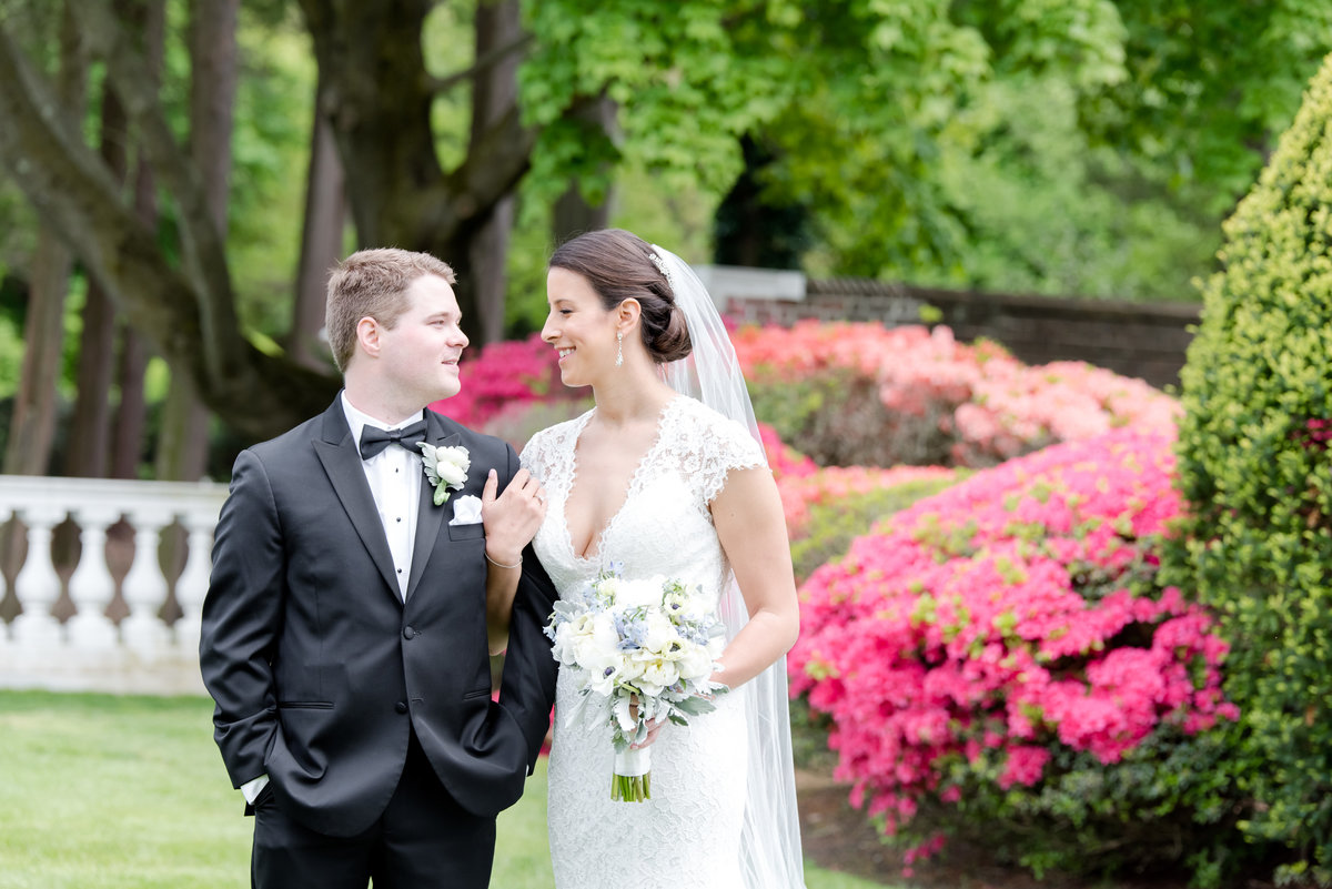 NYIT De Seversky Mansion Wedding--New York Wedding Photographer Olivia and Ben Wedding 150491-10
