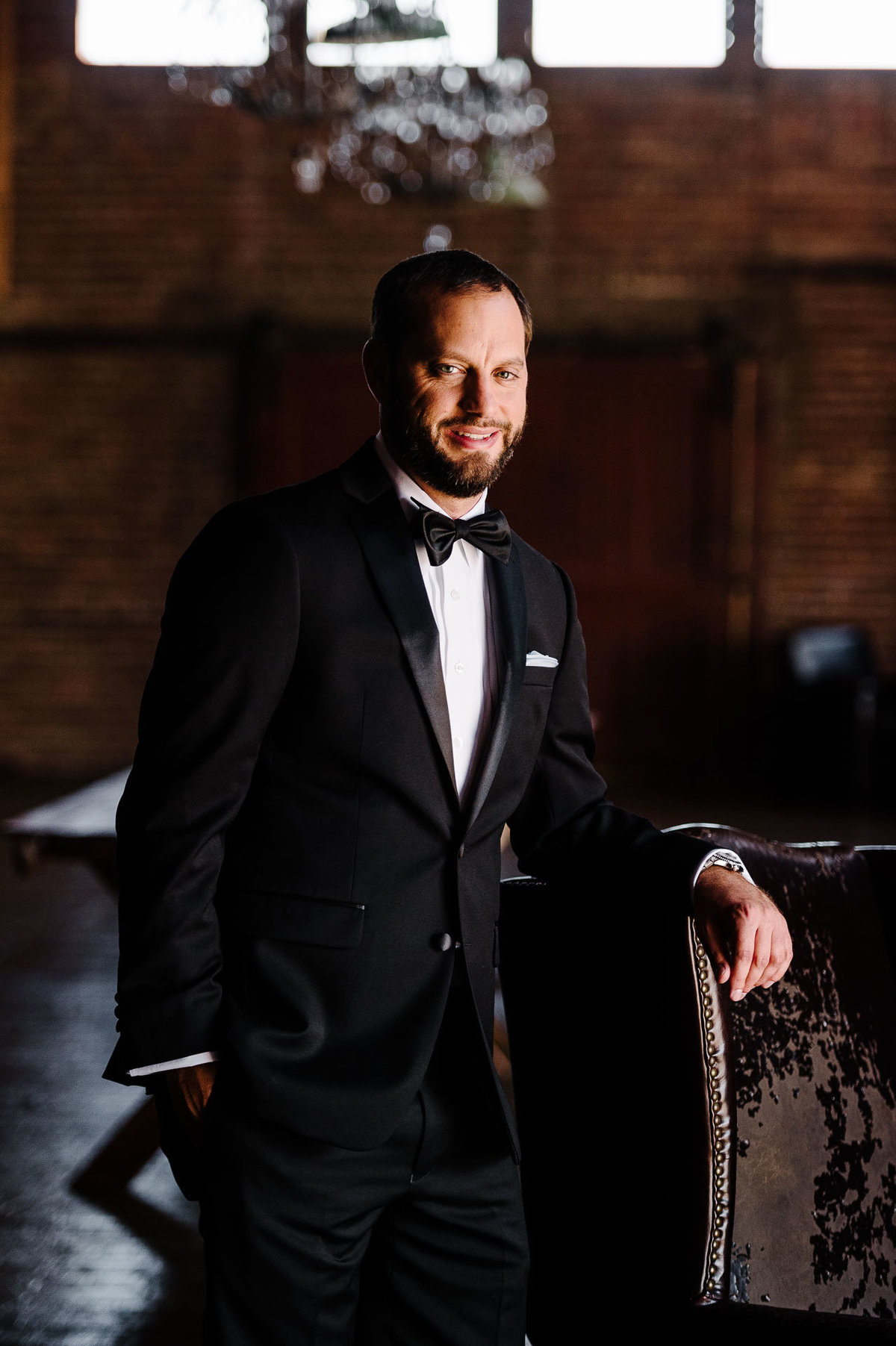 groom portrait at epic railyard in el paso by stephane lemaire photography