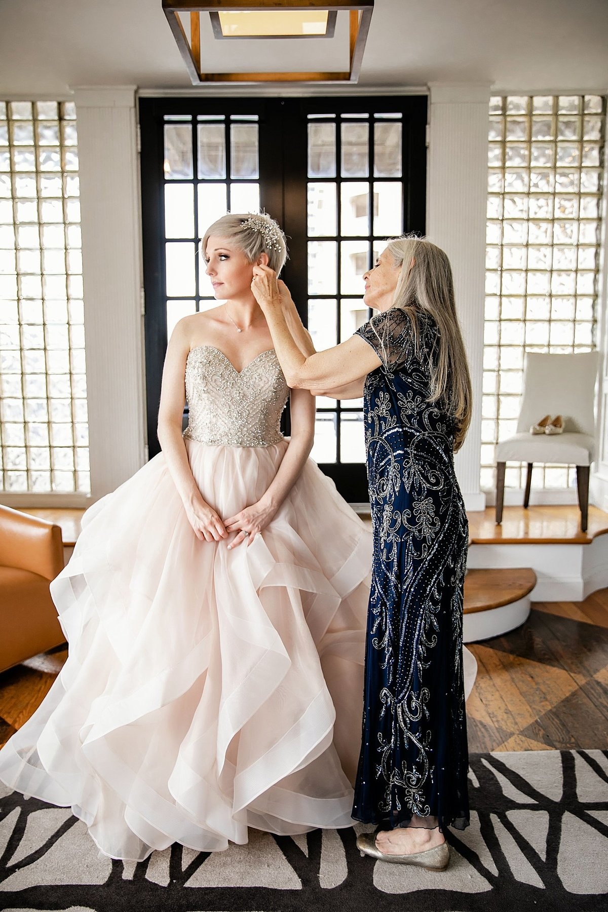 Dallas-Le-Meridien-Stoneleigh-wedding-in-downtown-by-Julia-Sharapova-Photography_0016