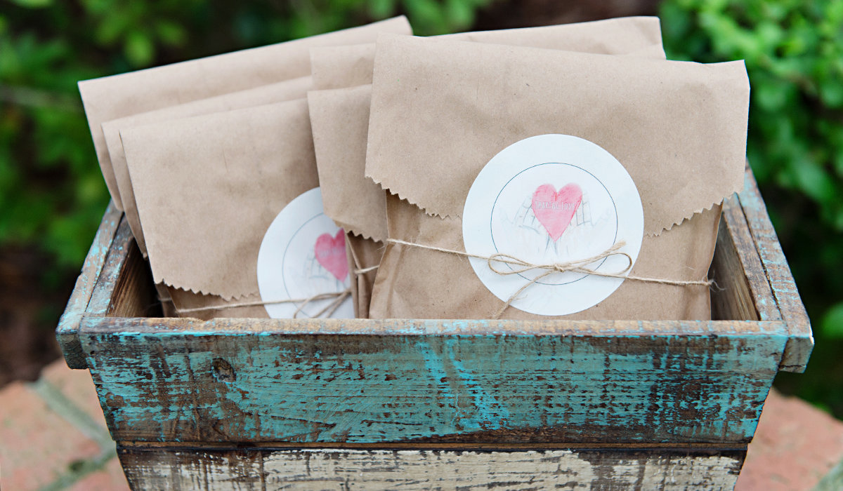 Sharing_Love_Stationery