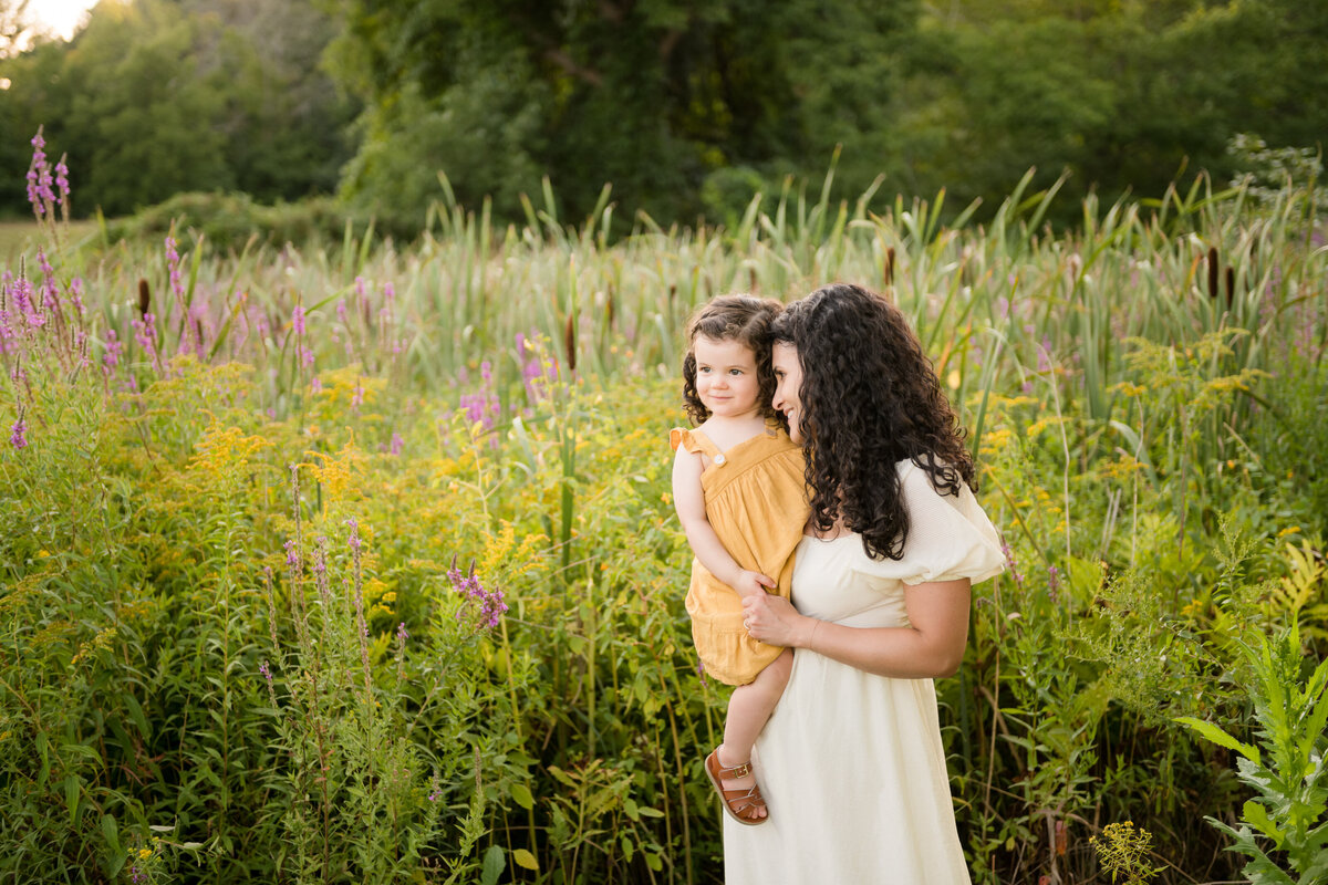 Boston-family-photographer-bella-wang-photography-Lifestyle-session-outdoor-wildflower-53