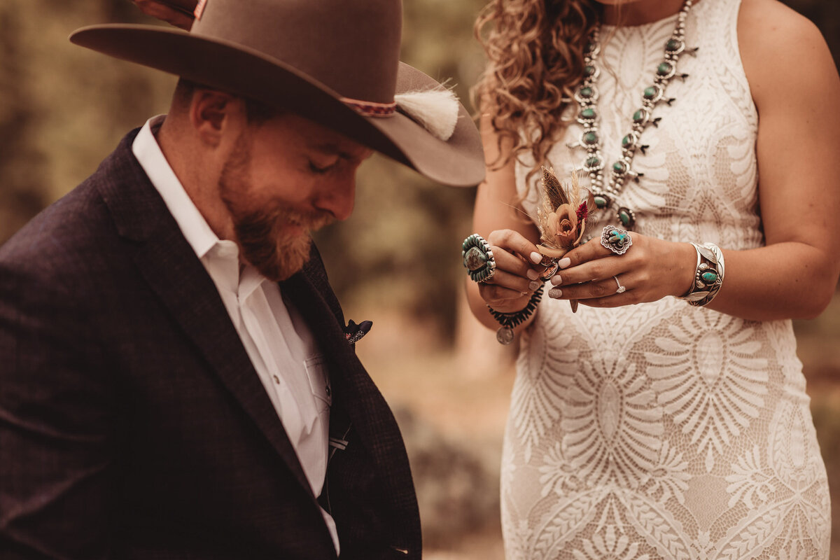 younger-ranch-wedding-Native-Roaming-Photography-24