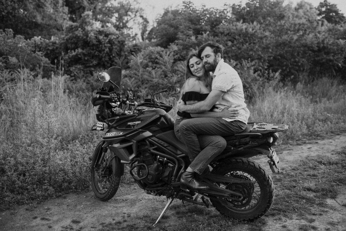 toronto-outdoor-fun-bohemian-motorcycle-engagement-couples-shoot-photography-14
