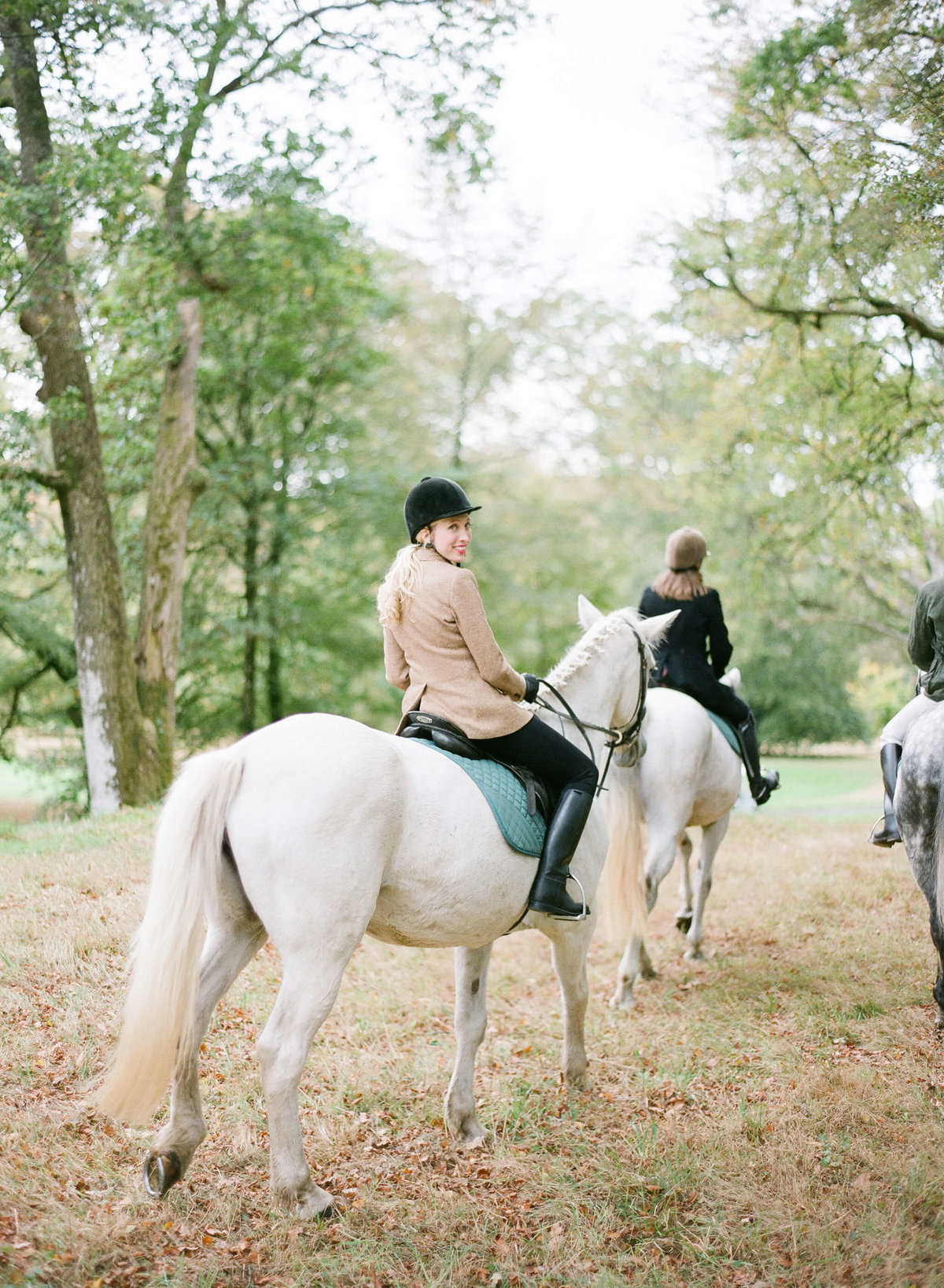 87-KTMerry-destination-weddings-english-riding-Ballyfin-Ireland