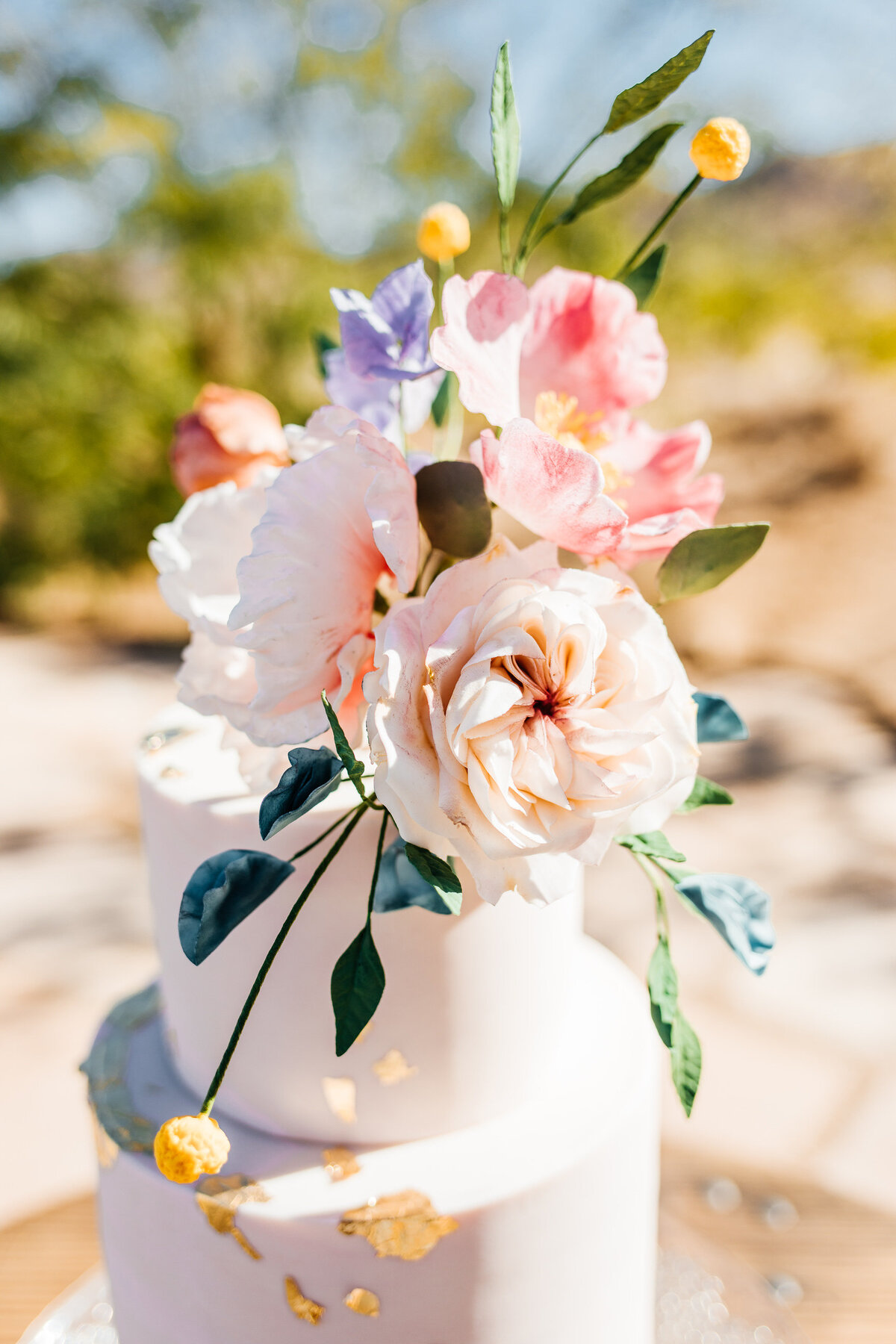 colorful-joshua-tree-elopement-inspiration-joshua-tree-wedding-photographer-palm-springs-wedding-photographer-erin-marton-photography-6