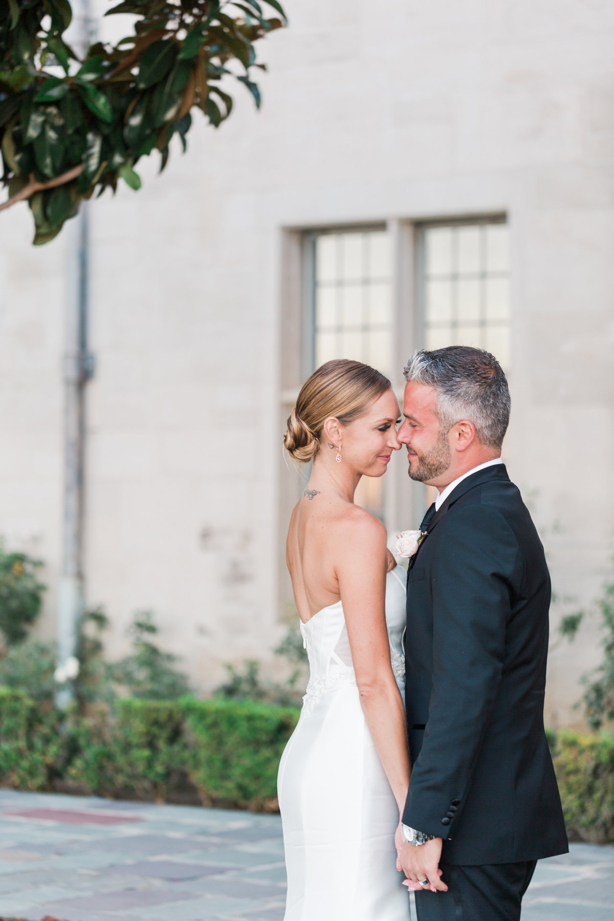 Intimate_Greystone_Mansion_Intimate_Black_Tie_Wedding_Valorie_Darling_Photography - 61 of 70