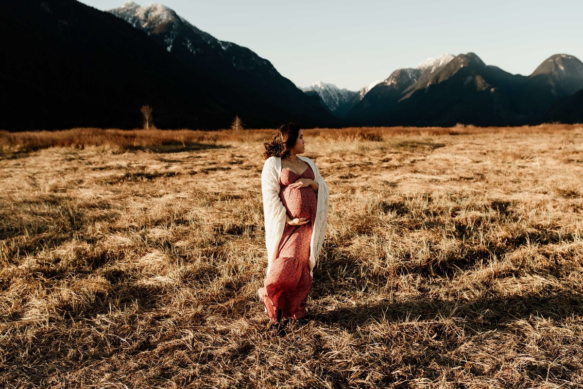Pitt Lake Maternity photography session