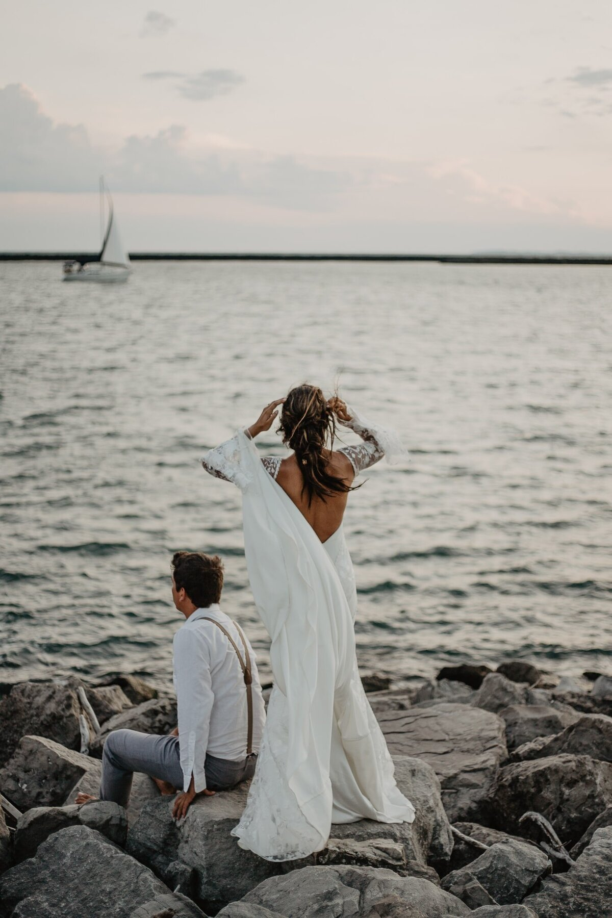 Buffalo-Waterfront-Bridal-Portraits-38-Jessy-Herman-Photo