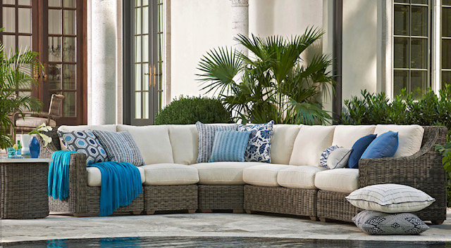 Comfortable WIcker Patio Furniture