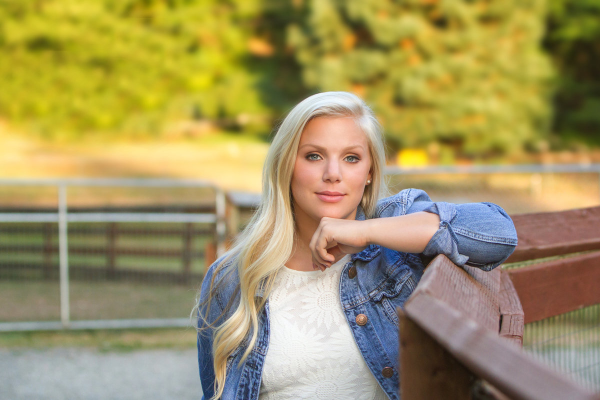 senior pictures in Bellevue WA  Julia Brown Photography