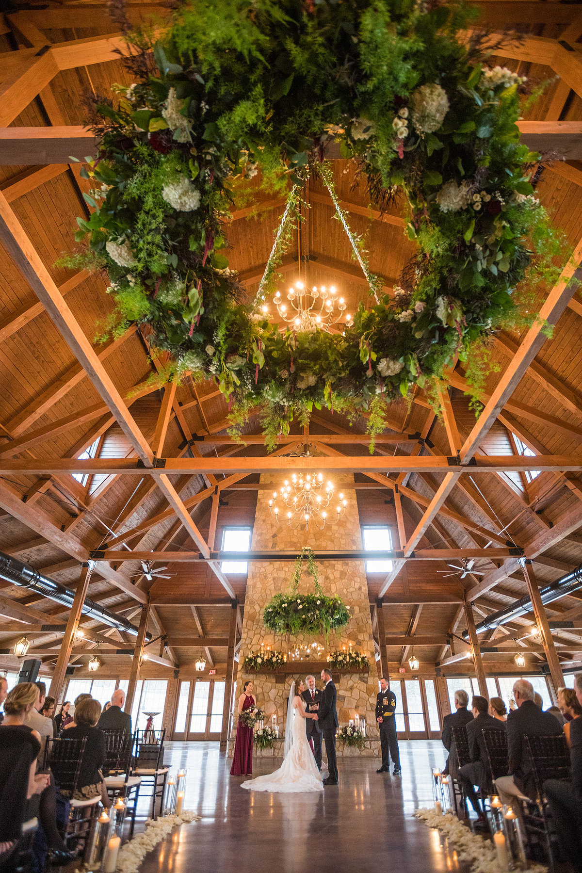 beautiful barn wedding decor in rockton illinois