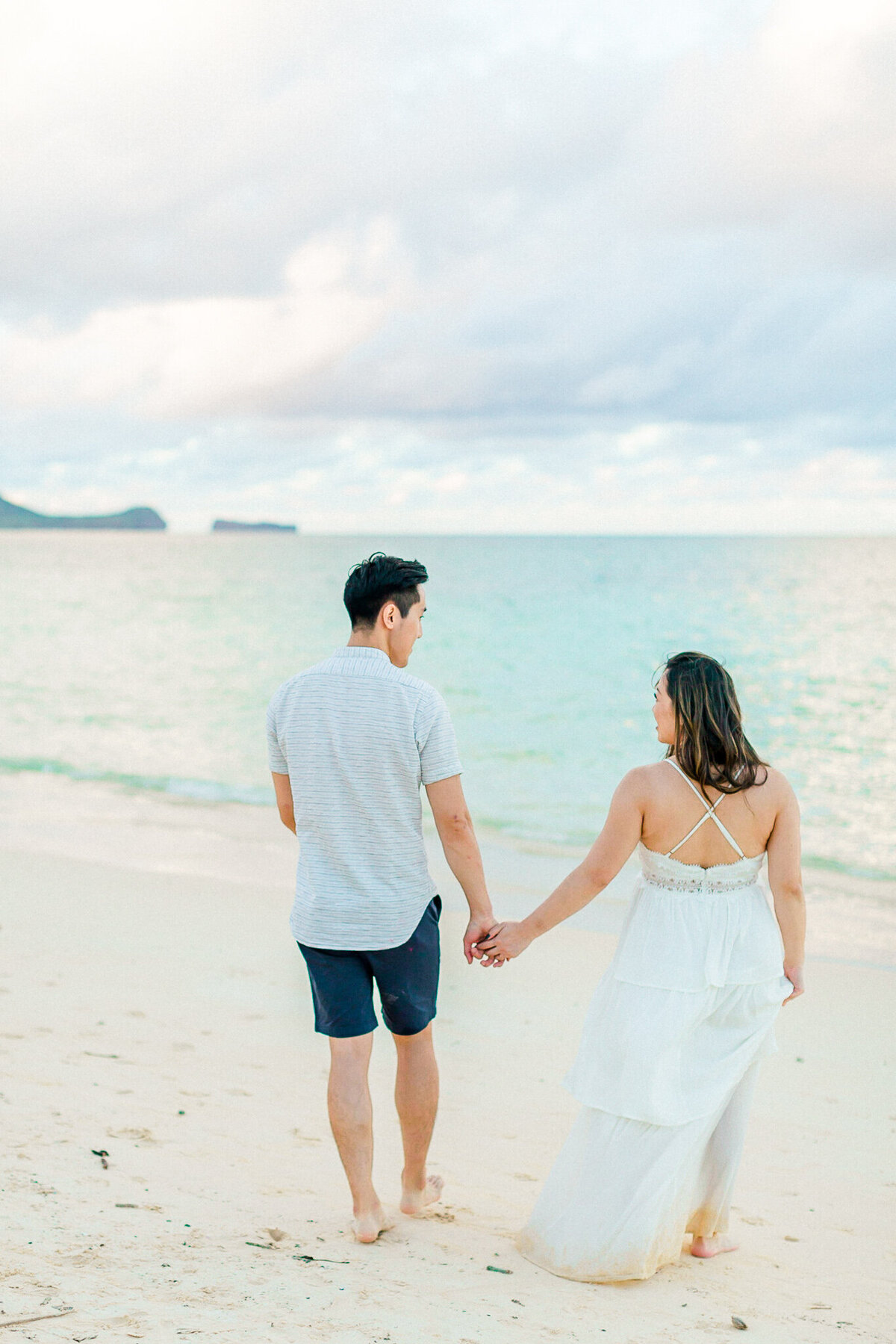 Blog-lanikai beach maternity session by hawaii maternity photographer veronica ilioi photography-0051