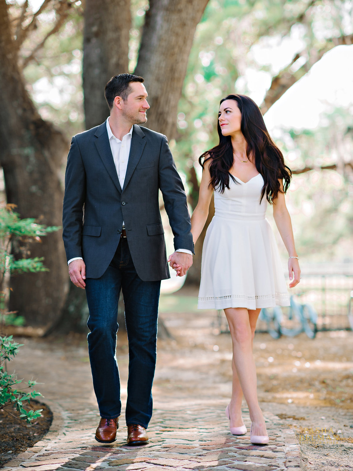 Charleston Engagement Photography | Engagement Pictures in Charleston | Engagement Portraits by Pasha Belman Photographer-2