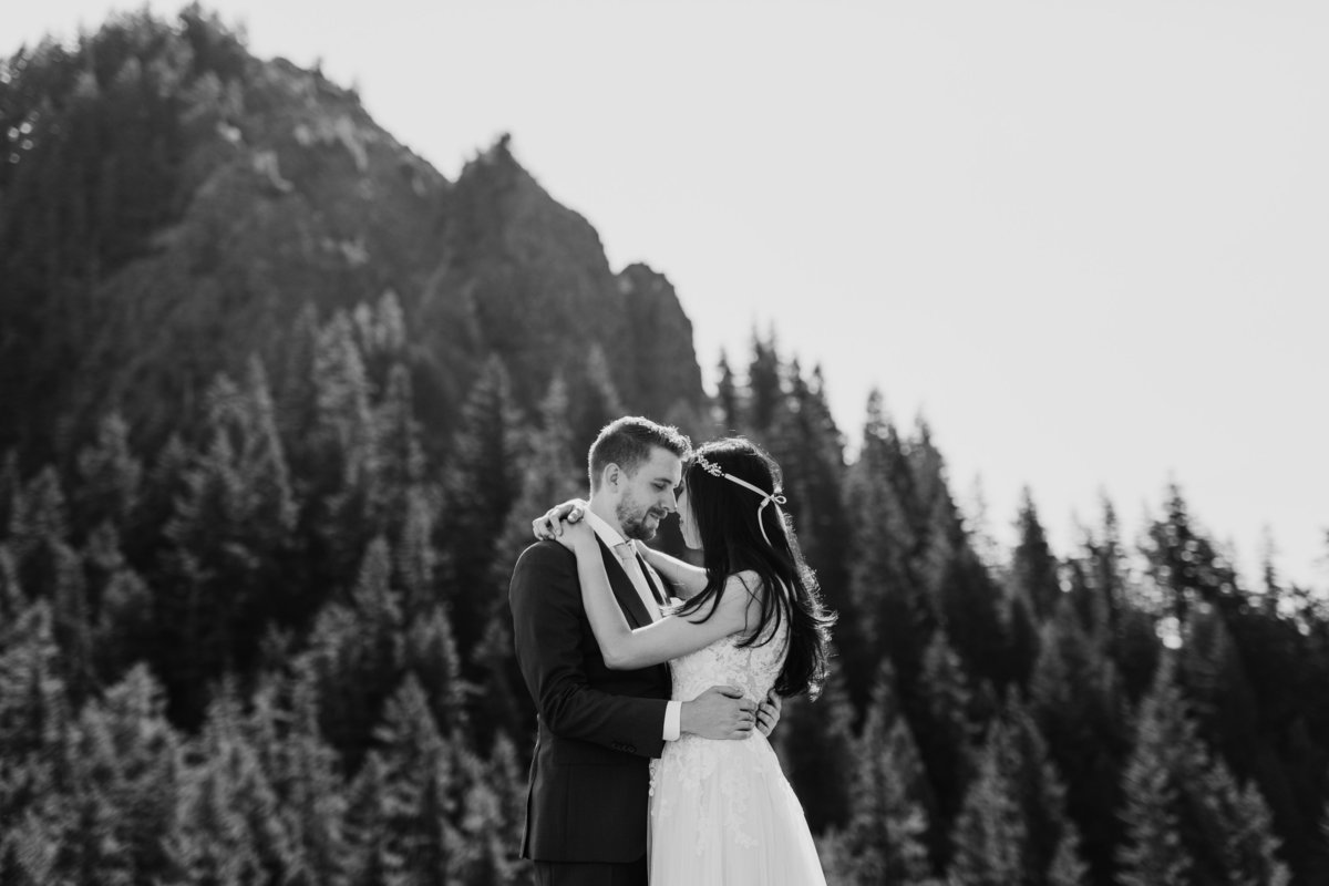 Adventure-Elopement-Photographer-Olympic-National-Park-32