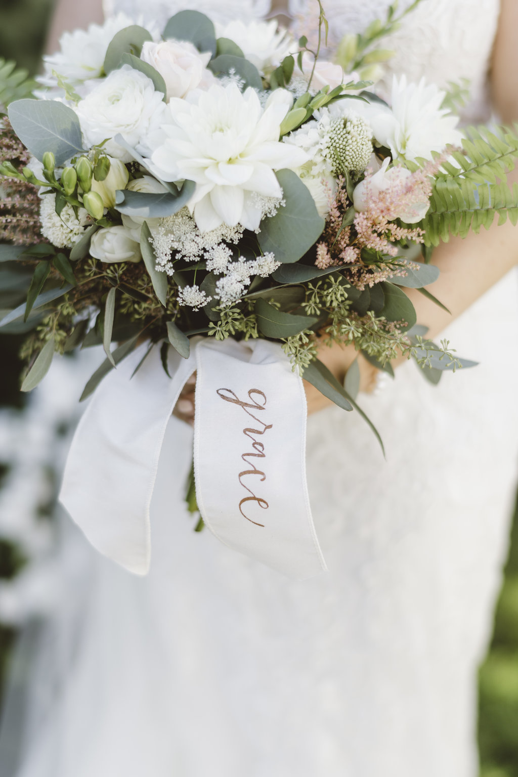 Monica_Relyea_Events_Alicia_King_Photography_Highschool_Sweethearts_Wedding_Grace_and-Doug-Senate-Garage-bride-bouquet
