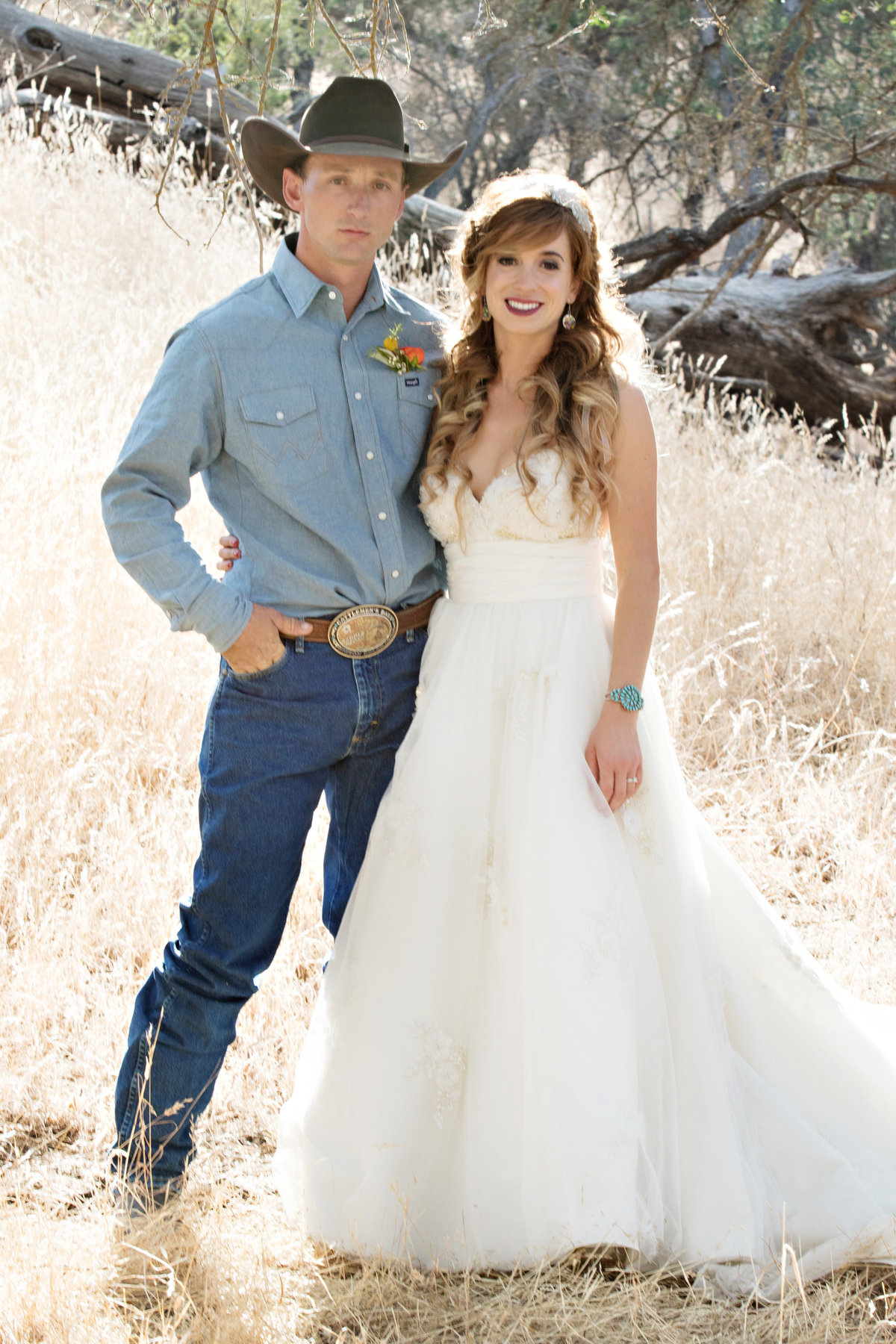 Cowboy bride and groom, country wedding