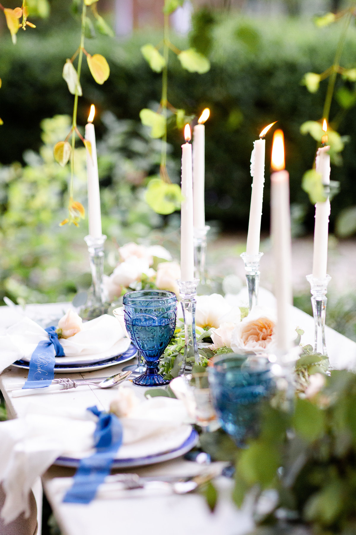Columbus based wedding and event planner designs a beautiful tablescape